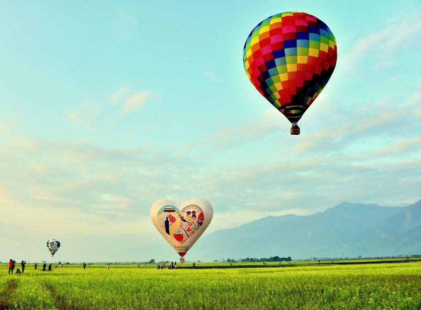 熱氣球12